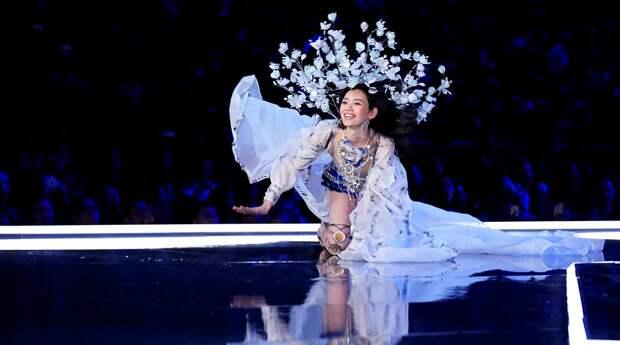 Самые красивые модели на шоу в Китае