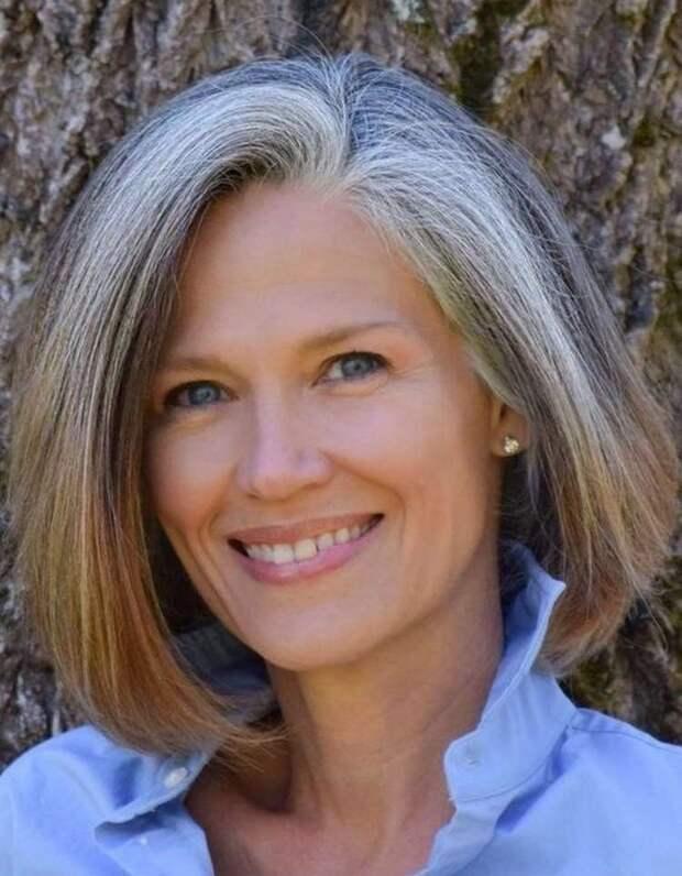 Известный парикмахер советует всем женщинам после 50 лет носить такие стрижки