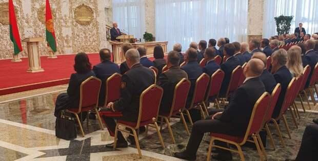 Лукашенко официально вступил в должность президента