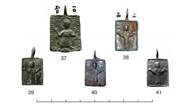Иконки с ростовым изображением Богоматери Оранты Влахернитиссы.