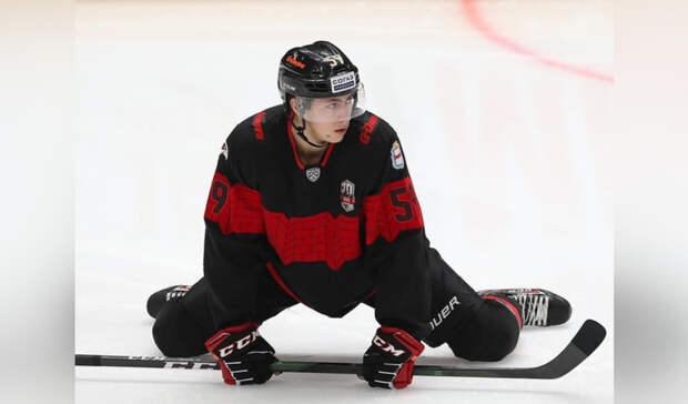 Экс-хоккеиста «Авангарда» Чинахова оштрафовали из-за коронавируса