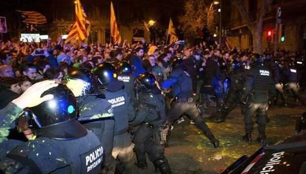 Испания взбунтовалась: жители Европы отказываются терпеть беспредел властей