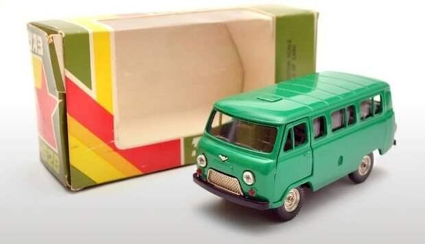 Номерная модель автомобиля УАЗ-452В выставлена на продажу за 3550 рублей авто, автомобили, коллекционирование, масштабная модель, моделизм, модель автомобиля, хобби