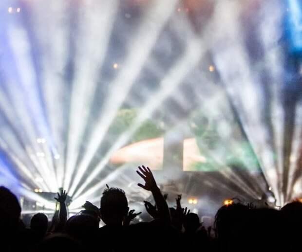 История с аншлагом на концерте в Санкт-Петербурге дошла до Мишустина