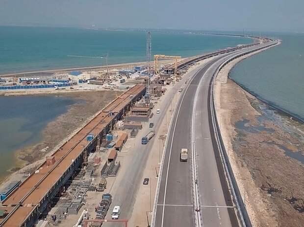 Крымский мост почти готов: завершена укладка асфальта