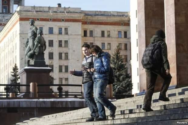 Выход из Главного здания МГУ