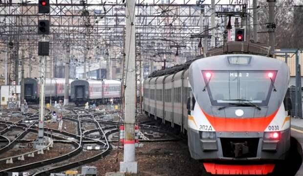 По ночам 19-22 октября изменится расписание поездов на МЦД-1, Савеловском и Белорусском направлениях МЖД