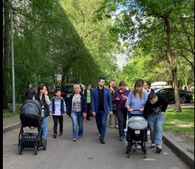 Глава управы района Лосиноостровский провел традиционный субботний обход территории