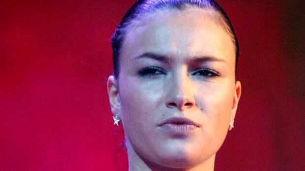 Певица Анастасия Приходько объяснила, почему хотела сменить пол в юности