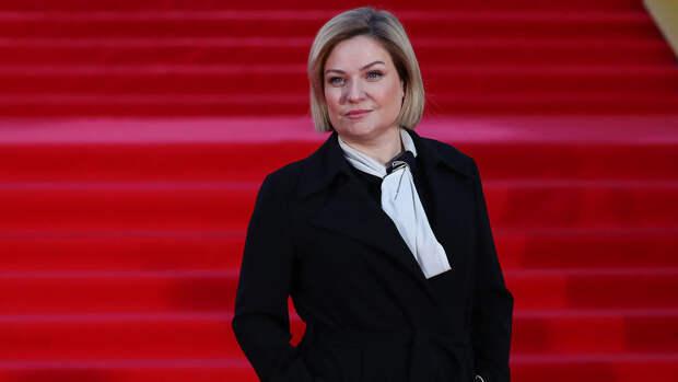 Медведева посетила открытие Московского кинофестиваля