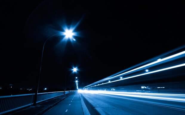 Искусственное освещение по ночам повышает риск возникновения опухолей щитовидной железы