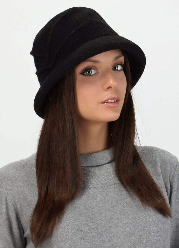 Демисезонная фетровая шляпка