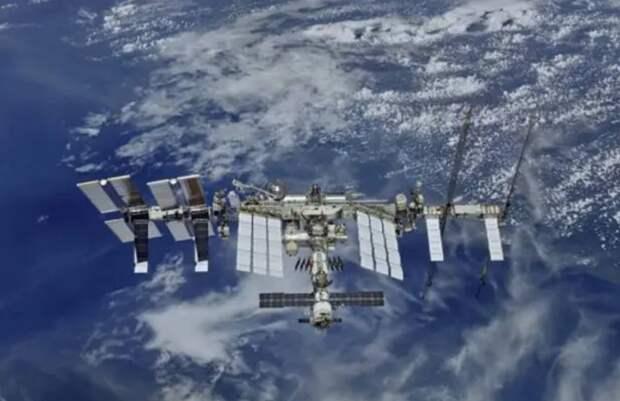 «Батут у них так себе»: Рогозин пояснил, зачем США покупают место на космическом корабле РФ