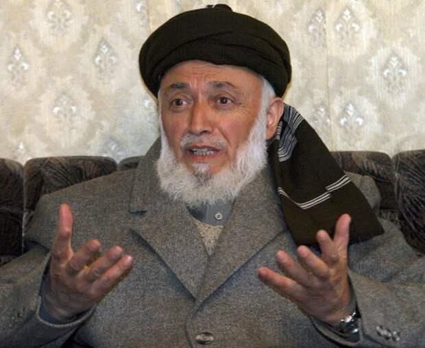 """Б. Раббани, лидер ИОА (""""Исламское общество Афганистана""""), будущий Президент Афганистана (1992-2001) Бадабер, восстание советских узников, история, факты"""