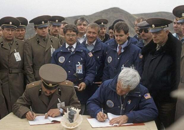 Почему ПРО США до сих пор не научились сбивать старые советские «Керосинки»