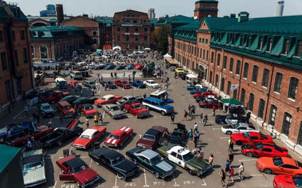 Лучшие переделанные авто и мотоциклы: в выходные на Кастом Конвенции