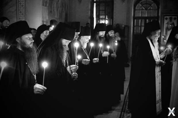 7 священников по числу 7 смертных гре...