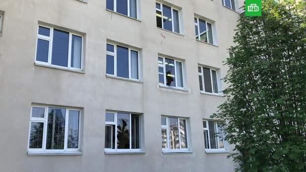 Всем российским школам рекомендовано усилить меры безопасности