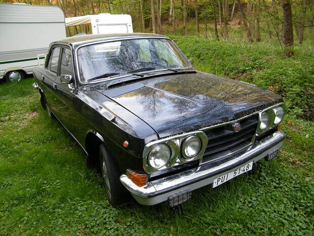 1024px-Volga_GAZ-24(2).jpg