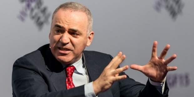 """Каспаров назвал """"недоразумением"""" шахматиста из России, который мог стать чемпионом мира"""