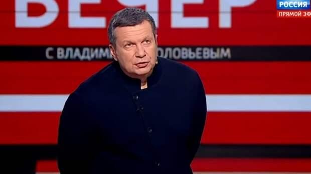Соловьев напомнил хейтерам об образовании играющей на сцене МХАТа Бузовой