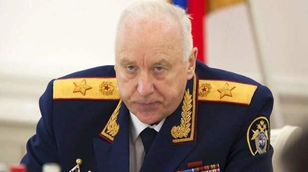 Глава СК принес букет алых роз к казанской школе