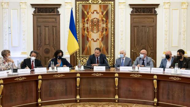 "Глава офиса президента Украины предложил срочно провести встречу ""нормандской четверки"""