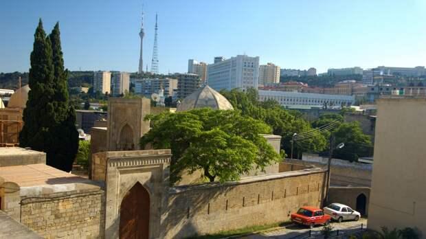 Россиянам в июне разрешат посещать Азербайджан