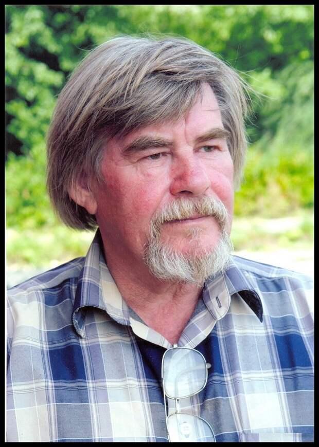 Умер автор известных настенных панно в Ижевске Борис Вифлеемский