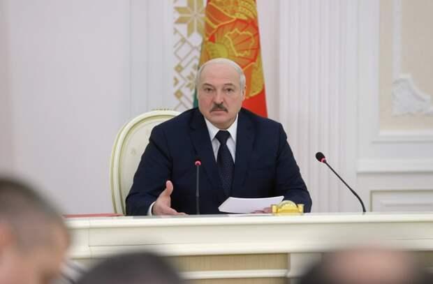 Лукашенко нашёл себе новые «качели» - российско-китайские