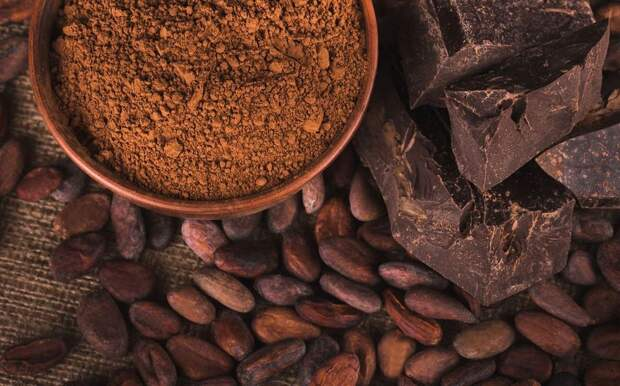 Настоящий темный шоколад с высоким содержанием какао полезен для мозга, сердца и сосудов.