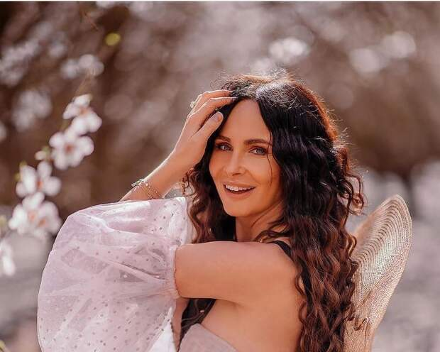 Саша Зверева планирует пятого ребенка    Ксения Кузнецова