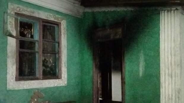 В Одеській області двоє дітей заради розваги підпалили будинок багатодітної родини
