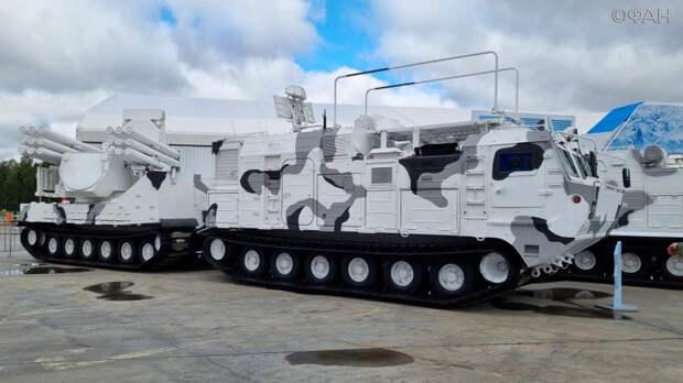 От зенитного «Панциря» до взрывозащитного топливного бака: суперновинки «Армии-2021»