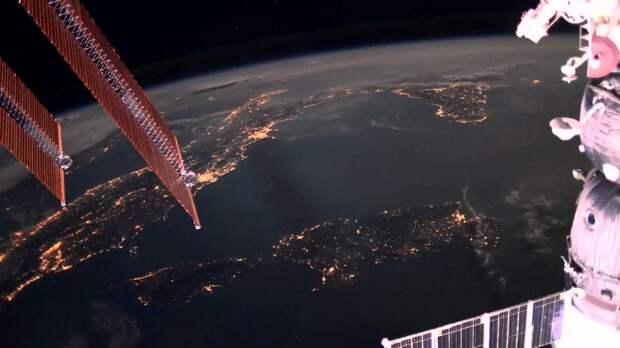 Российский космонавт раскритиковал полет актеров на МКС