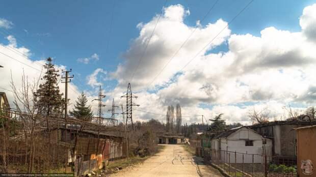 Умирающий поселок строителей Ингурской ГЭС. Как выглядит всесоюзная стройка спустя 50 лет?