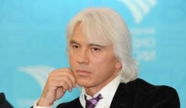 Могила Хворостовского утонула через три года после его смерти