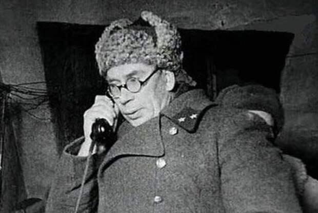 За что Сталин любил генерала Власова до предательства