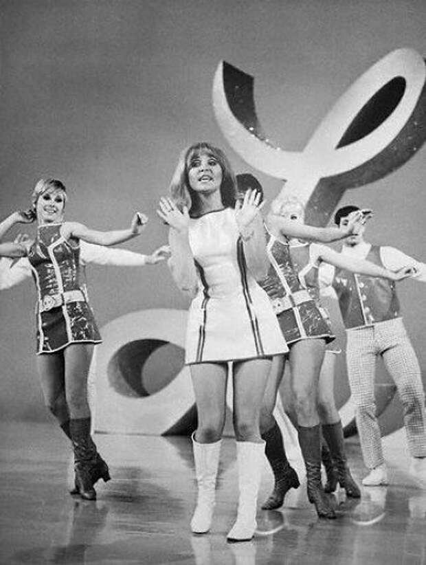 Обаятельные девушки 60-ых.