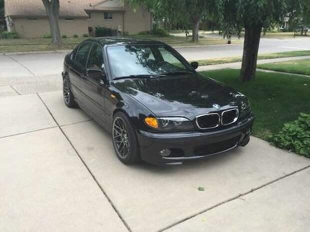 «Трешка» с сюрпризом: старенький BMW чуть не стал… Корветом