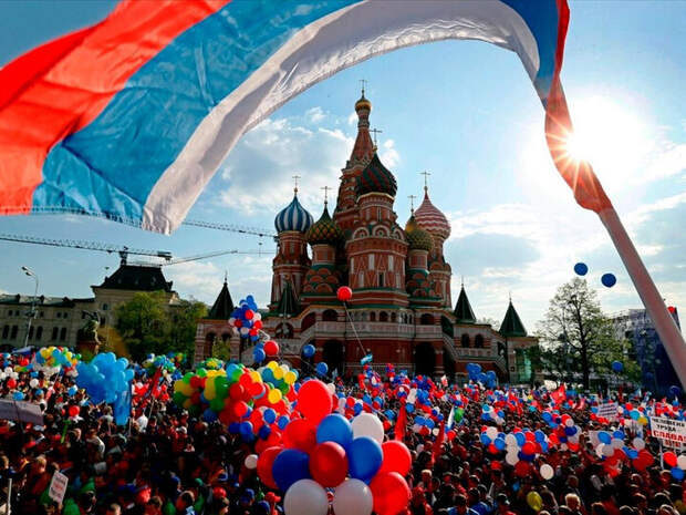 Армения и Азербайджан: мнение по поводу того, что Россия кому-то, что-то должна...