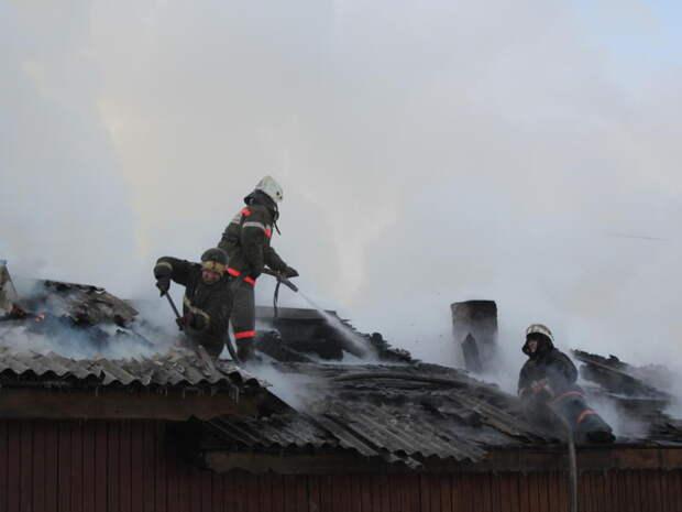 Огнеборцы спасли жилье забайкальцев от пожара