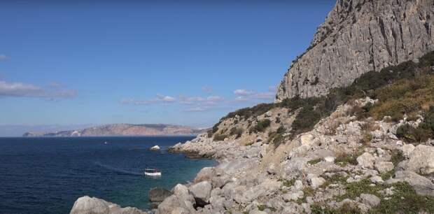 Райское место для любителей дикого отдыха: где в Крыму найти «затерянный мир»