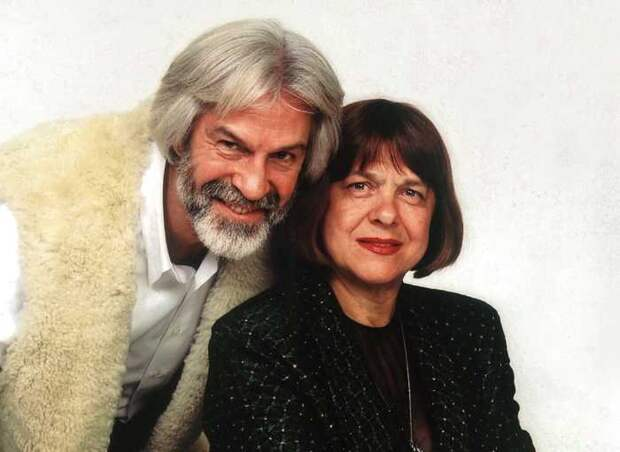 Борис Хмельницкий с сестрой Луизой. / Фото: www.kioskplus.ru