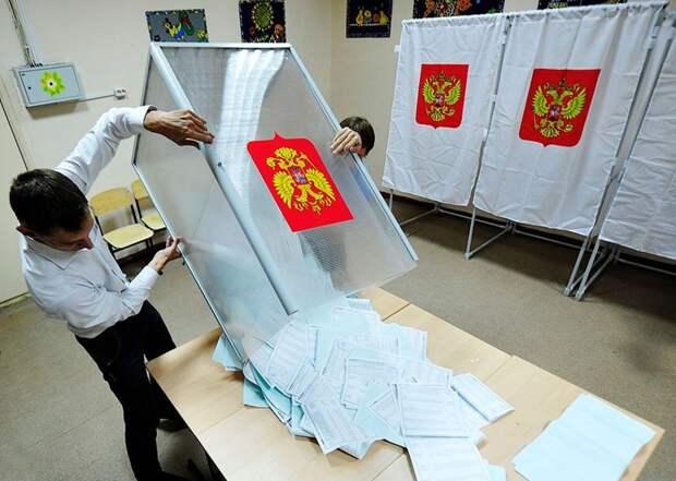 Мелкие недочеты, без провокаций: как прошли выборы депутатов в регионах РФ