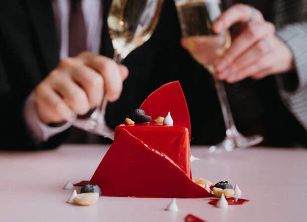 Куда пойти в День всех влюбленных: предложения от московских ресторанов