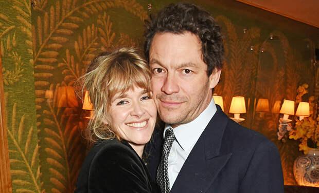 Доминик Уэст с женой дали первый комментарий после публикации его романтичных фото с Лили Джеймс