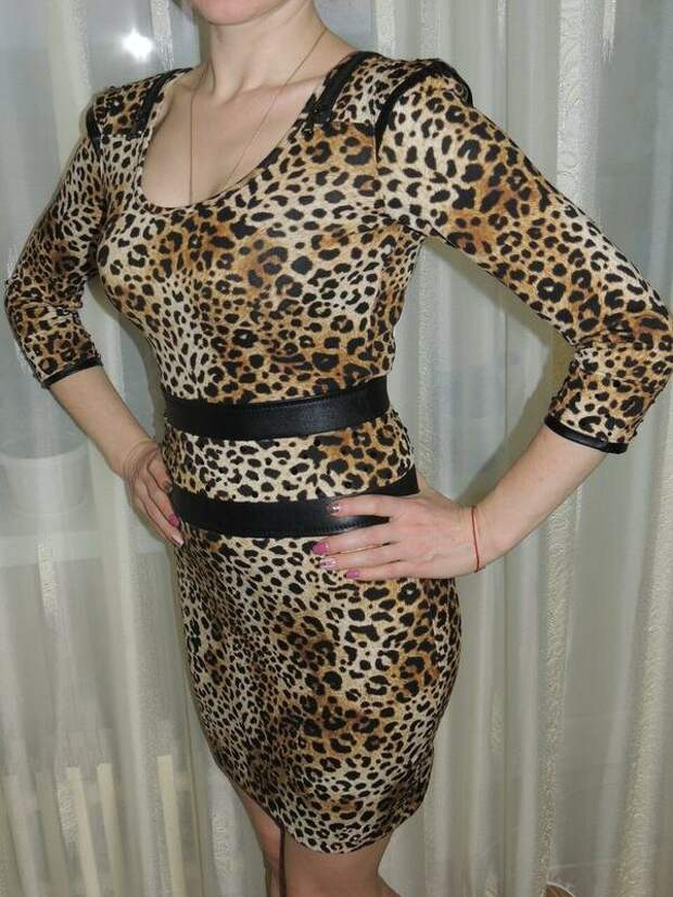 Женское леопардовое платье. /Фото: images.shafastatic.net