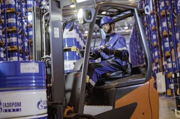 """""""Газпром нефть"""" за шесть месяцев нарастила производство масел на 3%"""