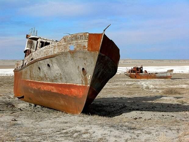 Какие неожиданные вещи нашли учёные на дне Аральского моря